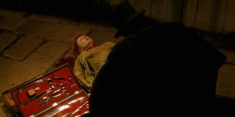 from-hell-2001-movie-review-jack-the-ripper-murder-scene